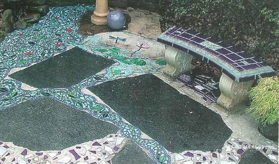 terraco-decorado-com-mosaicos
