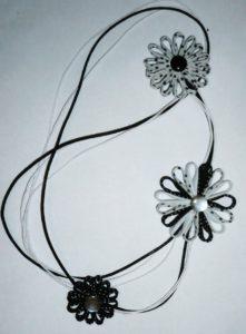 colar-flor-viés
