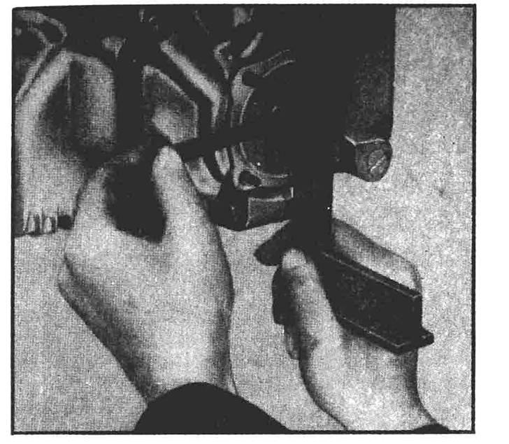medida-da-folga-axial-das-engrenagens-da-bomba